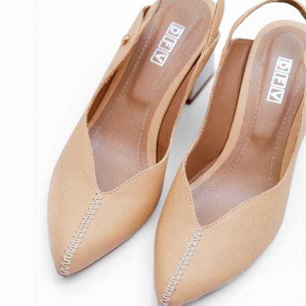 2z-2542—Zapato-cerrado-de-tacon-y-costuras