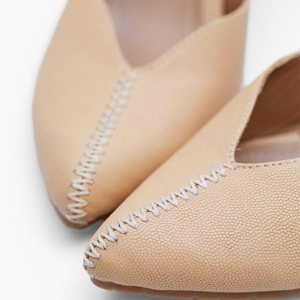 3z-2542—Zapato-cerrado-de-tacon-y-costuras